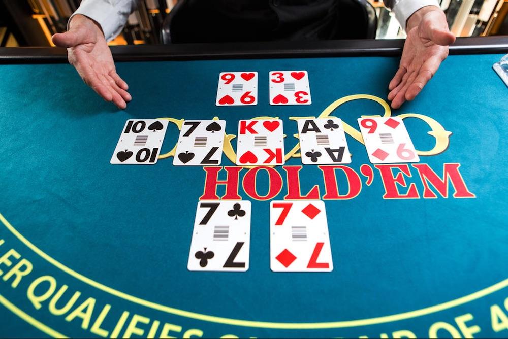 BBi - Evolution Gaming Casino Hold'em Hold'em