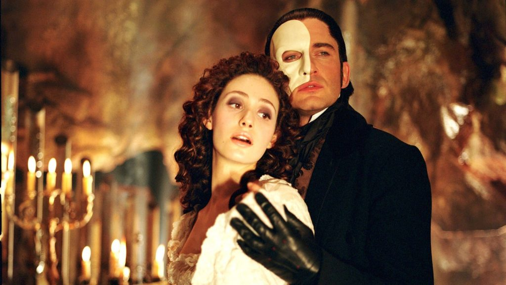 Microgaming's The Phantom of the Opera™ online slot goes live