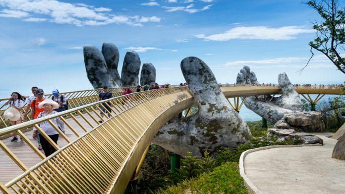 Vietnam, Golden Bridge
