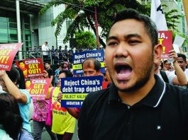 Philippines Chinese labour scrutiny
