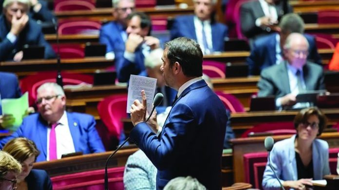 French senate votes on turnover tax