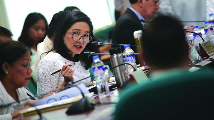 Philippines Risa Hontiveros POGO licencing offshore operators