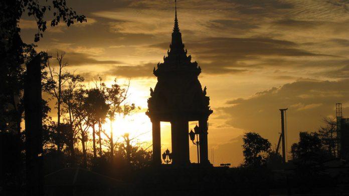 Cambodia casinos turn to expats covid